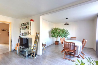 Sale Apartment 4 rooms 80m² Valence (26000) - photo