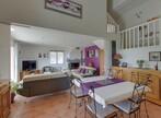 Sale House 8 rooms 150m² Charmes-sur-Rhône (07800) - Photo 2