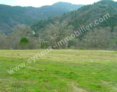 Sale Land 1 030m² Saint-Fortunat-sur-Eyrieux (07360) - photo