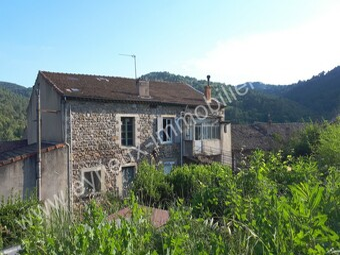 Vente Maison 10 pièces 200m² Les Ollières-sur-Eyrieux (07360) - photo