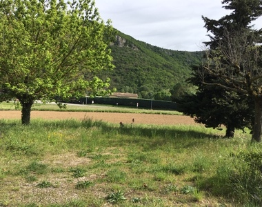 Vente Terrain 800m² Saint-Julien-en-Saint-Alban (07000) - photo