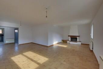 Sale House 6 rooms 135m² Charmes-sur-Rhône (07800) - Photo 1