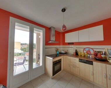 Sale Apartment 4 rooms 64m² Valence (26000) - photo