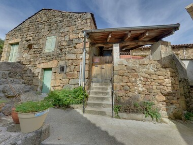 Sale House 4 rooms 67m² Gluiras (07190) - photo