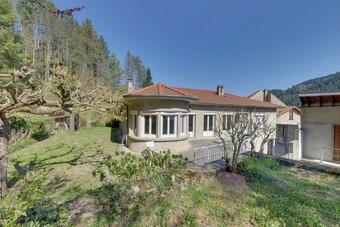 Vente Maison 11 pièces 271m² Saint-Martin-de-Valamas (07310) - photo