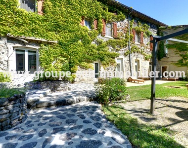 Vente Maison 1 500m² Rochessauve (07210) - photo