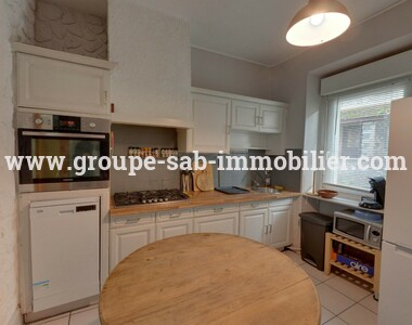 Renting House 4 rooms 70m² Saint-Laurent-du-Pape (07800) - photo